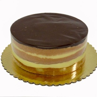 Boston Cream Pie Dessert Cake